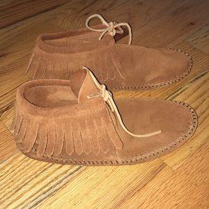 Minnetonka fringe soft sole moccasins